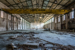 lost place (öppel) Tags: lost place factory germany deutschland nrw northrhine westphalia bergisches land nikon d7100 contemporary 1770mm waste abandoned sun windows photography hall machinery hoist equipment lifting mill plant work manufactory building