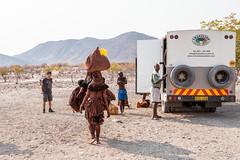 Carrying 3958 (Ursula in Aus) Tags: africa himba himbavillage namibia otjomazeva