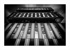 2017-04-16-Nantes-Beaulieu (25 sur 37) nb v3_fdr (JPSA44) Tags: bw nb buiding nantes city immeuble urban archi achitecture black