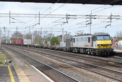 90047 @ Rugeley Trent Valley (ianjpoole) Tags: freightliner uk 90047 working 4l90 crewe basford hall ssm felixstowe north yard