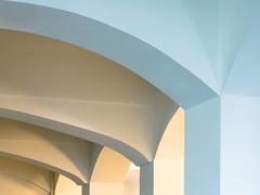 Colour temp study (Ulrich Neitzel) Tags: arch architecture architektur bogen colour curve farbe gewölbe hamburg hfbk kurve licht light lines linien mzuiko1250mm minimal olympusem5 vault