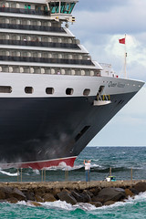 MS Queen Victoria sails from Port Everglades, Florida (Ron Raffety) Tags: ship cruiseship cunard cunardline msqueenvictoria queenvictoriaship queenvictoriacruiseship cruise ronraffety ronraffetyphotography