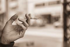 your hand (monicacastigliego) Tags: yourhand latuamano acigarette sigaretta abitudine routine vita passaggio life fujixpro1