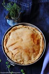 Torta pasqualina con ricotta vaccina e carciofi mammole 2 (Giovanna-la cuoca eclettica) Tags: veg vegetables carciofi ricotta ricetteregionali uova stilllife food indoor baking