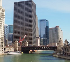 Chicago River (Brule Laker) Tags: chicago illinois macys marshallfields stores flowers olympusom downtown