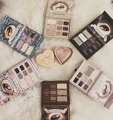 My Toofaced collection ❤️💄👌💋 #mytoofacedcollection #toofaced #makeup #highlight #toofacedcosmetics #toofacedmakeup #love #beauty #behappy #lovelife #lovemylife #ilovemakeup #2016 #زیبایی #میکاپ #رژگونه #ارایش (gaziza2) Tags: instagramapp square squareformat iphoneography uploaded:by=instagram reyes