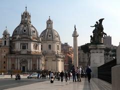 Roma - Piazza Venezia (fotomie2009) Tags: italy rome roma italia churches piazza venezia lazio colonna chiese traiana