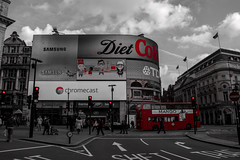 DSC_8202 (JoJaL_) Tags: light red bus london circus ad samsung shift piccadilly coke londres diet tdk advertissement chromecast