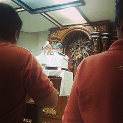 First Friday Mass #dioceseofmalolos #mass #firstfriday #bishopjoey (culmen et fons) Tags: square squareformat unknown iphoneography instagramapp uploaded:by=instagram