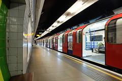 Tottenham Hale station (2) (BristolRE2007) Tags: tube londonunderground tfl lul tottenhamhale