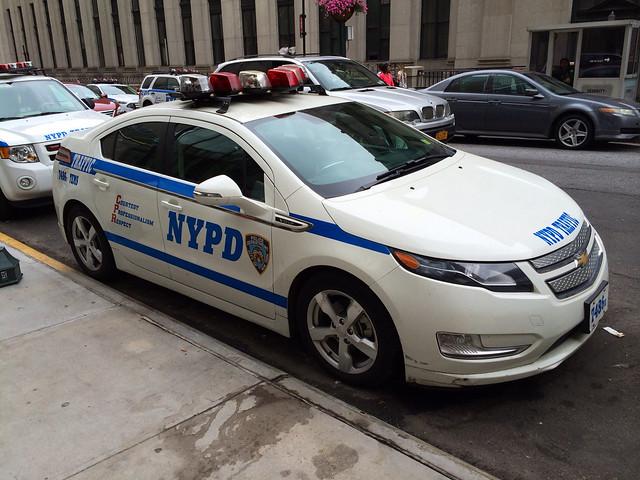 newyorkcity ny traffic manhattan police nypd chevy volt rmp