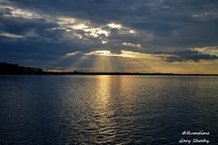 DSC_0036 (RUMTIME) Tags: sun sunset water clouds coochiemudlo coochie victoriapt queensland coth coth5