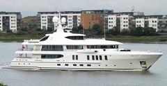 Z (2) @ Gallions Reach 05-07-14 (AJBC_1) Tags: london z riverthames motoryacht gallionsreach superyacht luxuryyacht ajc dlrblog