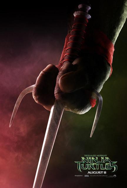 Teenage-Mutant-Ninja-Turtles-Teaser-Poster-Raphael
