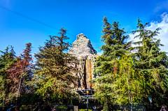 Matterhorn Mountain (Eddison Esteban) Tags: nikon disneyland disney matterhorn fantasyland nikon1424mm nikond4s