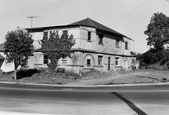 1968 03 10 Beveridges Old House Crn Donnison Holden Street 404-08 (Gostalgia: local history from Gosford Library) Tags: centralcoastnsw cclcdevelopment