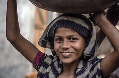 முகம் (Kals Pics) Tags: face portrait cwc chennaiweekendclickers roi rootsofindia life people travel kids agra nagladevjit uttarpradesh india girl happiness smile worker grin eyes laugh workerkid happy eyesthatspeak beauty sweet cute expressions nagladhimar kalspics