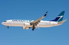 Westjet - Boeing 737-8CT - C-FYBK (ejtope) Tags: cfybk klas las mccarran aviation boeing westjet airlines 7378ct aircraft airplane 737 738