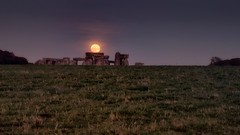 Moon Stone (Christina Chester) Tags: stonehenge fullmoon moon moonrise landscape