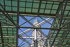 Ouverture (JDAMI) Tags: vert verre verrière tubes charpente métallique tour perret ciel bleu amiens somme 80 picardie france nikon d600 tamron 2470