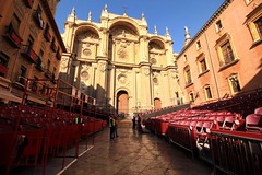 La Catedral de Granada during the celebrations of the Holy Week (matteoleoni1) Tags: granada andalucia españa spain catedral cathedral church holyweek easter celebration sun spring