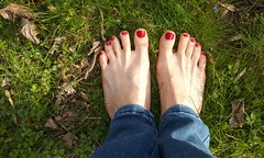 Gratefulness Project (amykoren) Tags: grateful people toes red fullbloom nailpolish