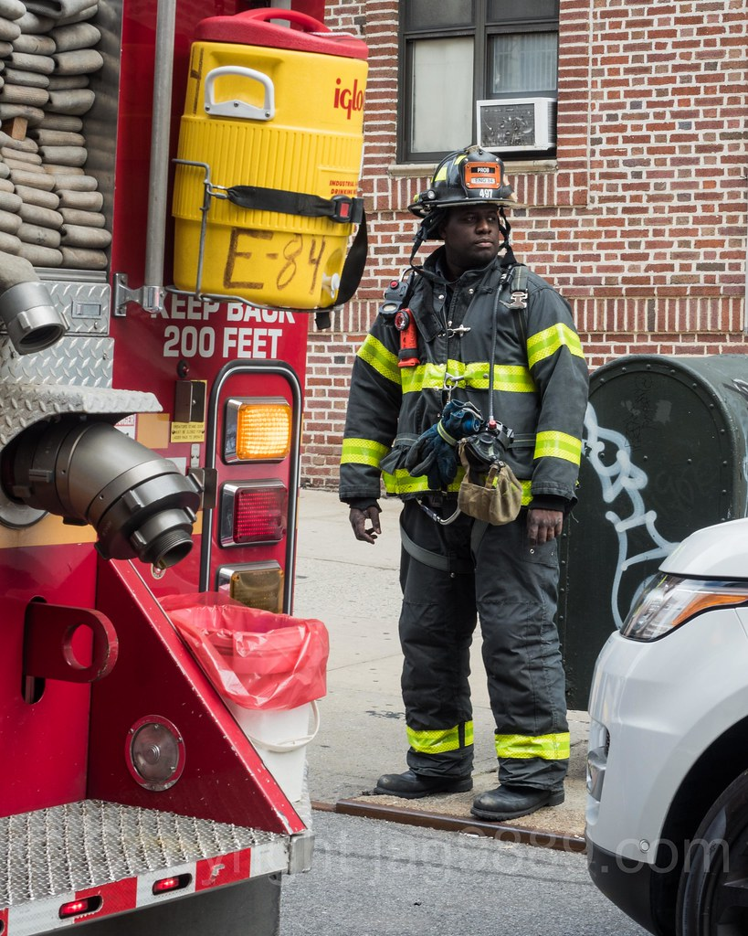 how to become a firefighter in nyc
