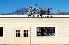 Weber's Garden Center, Milwaukee (Cragin Spring) Tags: webersgardencenter webers gardencenter midwest milwaukee milwaukeewi milwaukeewisconsin wisconsin wi urban city unitedstates usa unitedstatesofamerica neon neonsign oldsign vintage vintagesign