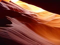Licht und Schatten (oefe) Tags: red arizona orange usa black rot yellow sandstone purple az diagonal gelb page sandstein schwarz slotcanyon violett antelopecanyon