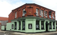 "The Clifton Arms, Tuebrook, Liverpool • <a style=""font-size:0.8em;"" href=""http://www.flickr.com/photos/9840291@N03/13587889944/"" target=""_blank"">View on Flickr</a>"