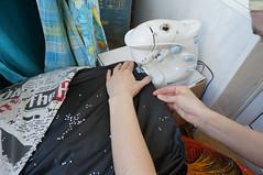Sew up the inner bag (Roman Tsisyk) Tags: beanbag hernia  framelessfurniture