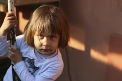 Agathe (Gaetan682) Tags: portrait love canon 50mm like enfant joue followme canon50mmf18ii 70d canon70d