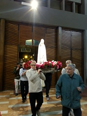 """14.05.13 madonna di Fatima - c'eravamo anche noi_2 • <a style=""""font-size:0.8em;"""" href=""""http://www.flickr.com/photos/82334474@N06/14027943040/"""" target=""""_blank"""">View on Flickr</a>"""