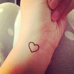 Tiny Heart Tattoos On Wrist 094 (tattoos_addict) Tags: heart tattoos tiny wrist 094 hearttattoos