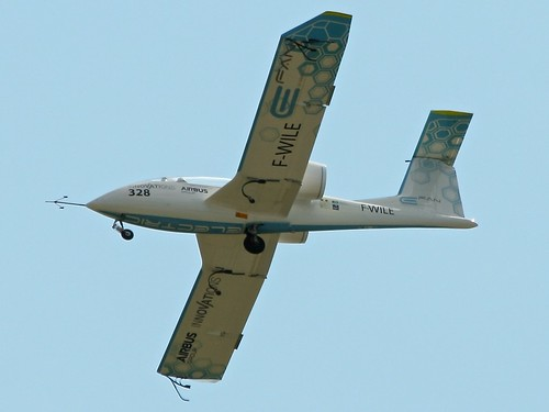 electric aviation flight airbus efan electricflight fwile