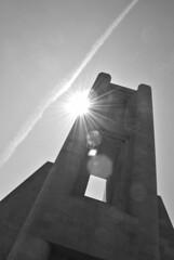 Monumento ai Caduti (stefaniacarenzaph) Tags: city blackandwhite sun como primavera tourism spring nikon war gita sole turismo monumenti lombardia architettura biancoenero guera città terragni comasco novecento monumentoaicaduti architetto santelia storiadellarchitettura nikond3000 comunedicomo
