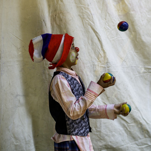 "Backstage Juggler 2 • <a style=""font-size:0.8em;"" href=""http://www.flickr.com/photos/93835639@N04/14100300457/"" target=""_blank"">View on Flickr</a>"