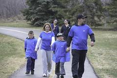 lkyegphotos - walks so kids can talk (97 of 148) (LK_335) Tags: park charity family kids edmonton phone walk 4 families may talk can help alberta rundle 2014 yeg walksokidscantalk walksokidscantalkkidshelpphonewalkcharitymay42014