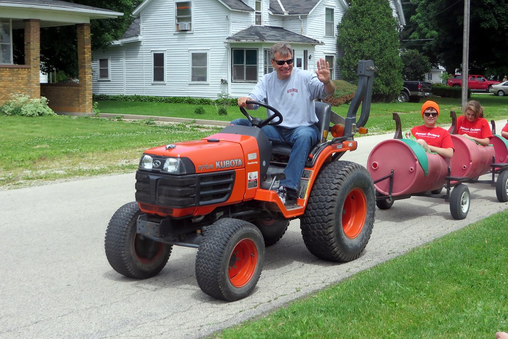 World S Smallest Tractor : The world s best photos of compact and tractor flickr