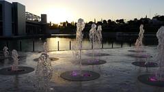 Luz y agua (vcastelo) Tags: madrid espaa luz spain agua centro fuente comercial rivas chorros rivasvaciamadrid h2ocio