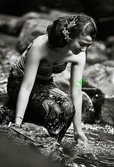 2014_06_01_1890 (gedelila) Tags: bw model mandi gede gadis gadisbali gadiscantik gadissexy masyarakatbali mandidisungai