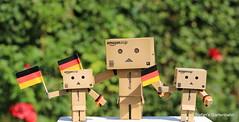 Danbo Fanmeile (Stefan's Gartenbahn) Tags: rio de deutschland fan janeiro brasilien weltmeisterschaft wm danbo fusball lnderspiel viertelfinale fanmeile danboard