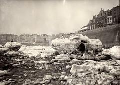 Family Unknown (Steenvoorde Leen - 2.5 ml views) Tags: vlissingen ijsschotsen strengewinter
