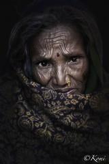 BAKTHAPUR, Népal (Komi07) Tags: népal people woman poor population asia asie népali world travel canon 5d portrait portraiture trip voyage pauvre street bakthapur old monde