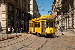 Stradivaritram (gabriele trentini) Tags: tram milano centro tramstorico stradivari pubblico mezzoditrasporto strada binari rotaie giallo italia italy