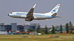 Boeing B737-78J-WL YR-BGG Retrojet Tarom | Bucharest International Air Show 2016 (Horatiu Goanta Aviation Photography) Tags: boeing 737 boeing737 737700 b737700 b737 737ng 737nextgeneration winglet winglets blendedwinglet blendedwinglets airliner narrowbody singleaisle cfm56 b73778jwl 73778j yrbgg tarom ro rot romanianairtransport taromromanianairtransport bucharestinternationalairshow bias bucharestbaneasa baneasa bbu lrbs display aerobatics airshow internationalairshow aircraft airplane aviation aerospace horatiu goanta horatiugoanta bias2016 bucharestairshow2016 bucharestinternationalairshow2016 lowpass flyby lowflyby retrojet skyteam otplrop bbulrbs
