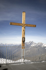 Found Photo - Switzerland Zermatt - Cross.tif (David Pirmann) Tags: foundphoto mountain snow snowcap alpine cross religion switzerland zermatt