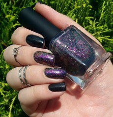 Skinny - Mohda + Neon Rosebud (H) - ILNP (Fer Valquiria) Tags: unhas esmaltes glitter holografico holographic ilnp mohda nailart nailpolish nails polish polishnails skinny neonrosebud preto black