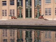 Canons - Guns (GéCau) Tags: gecau france provence toulon guns arsenal port reflects see mer