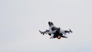 US Air Force; F-16 Falcon (AK268) #3/4